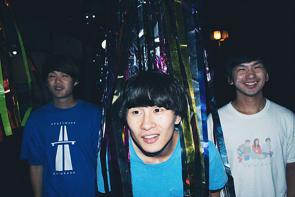 """たかこ&おがてぃー pre. """"Playground vol.9"""" -灰色ロジック 2nd single 「知らない街」リリースツアー-"""